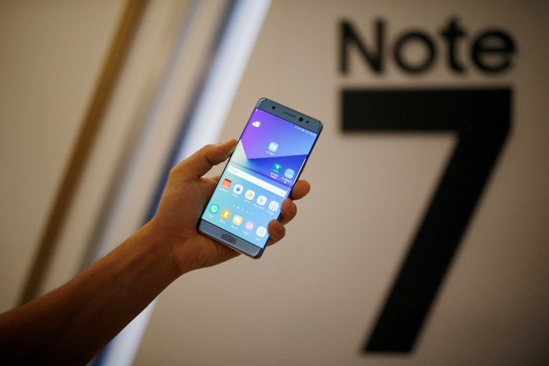 Samsung Galaxy Note 7 Recall : Customers Ask Money Back and Carriers Offer other Samsung devices as a Potential Replacement